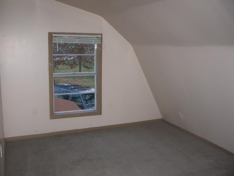 Swoosh for 12x16 bedroom