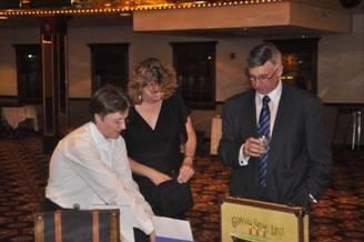 VC King, Jeannie & John Gabor