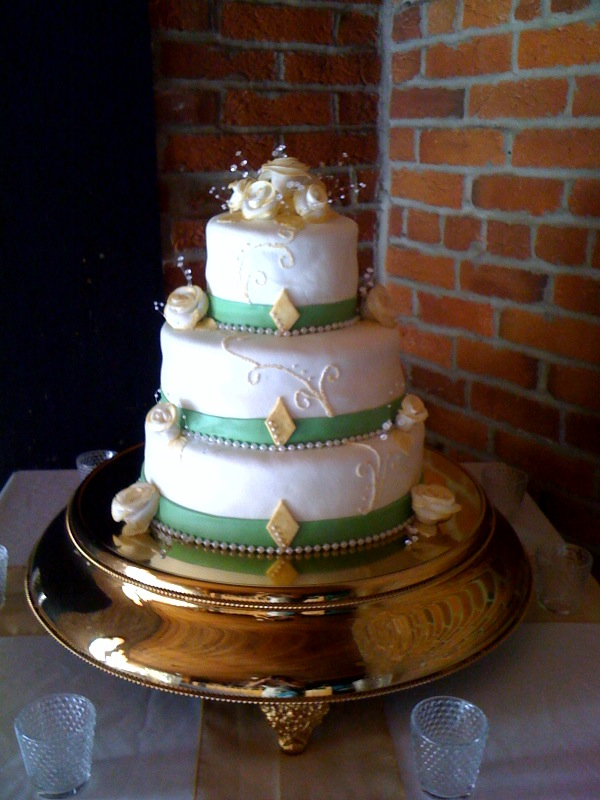 green and gold wedding cakes a creative cake 14957