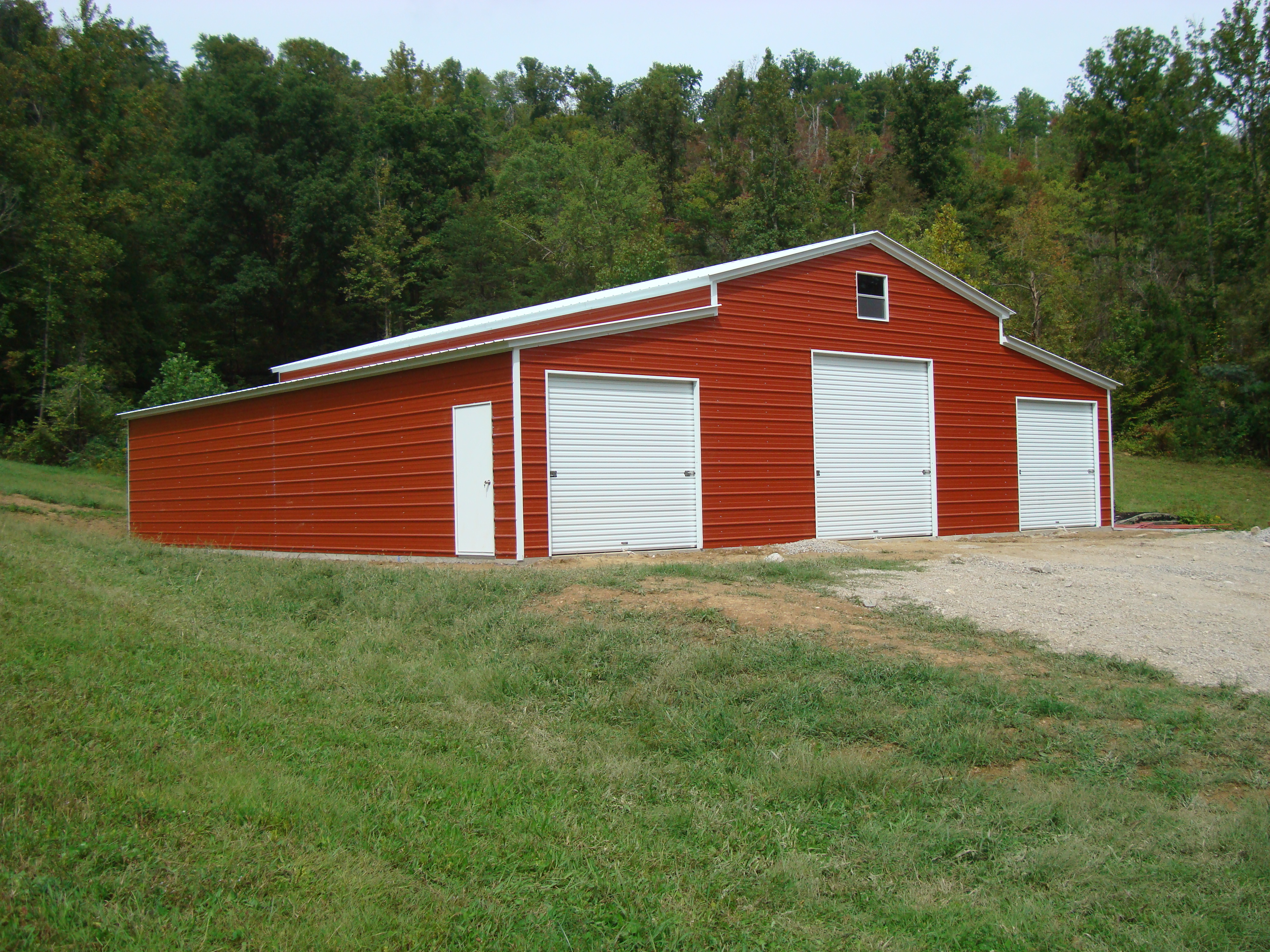 new barns custom amish stucco shingle we md built slider buildings reisterstown roof bank p doors precise design barn build cat and category view garage