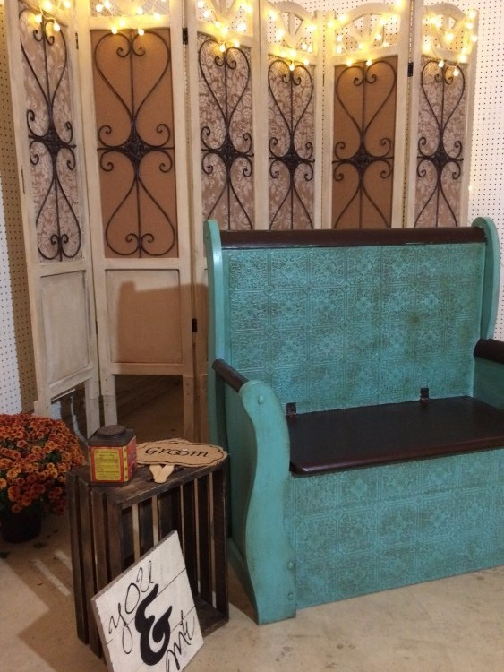Rustic Photo Booth Set Up