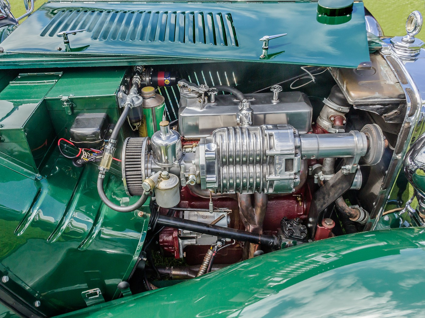 MG Classic car engine