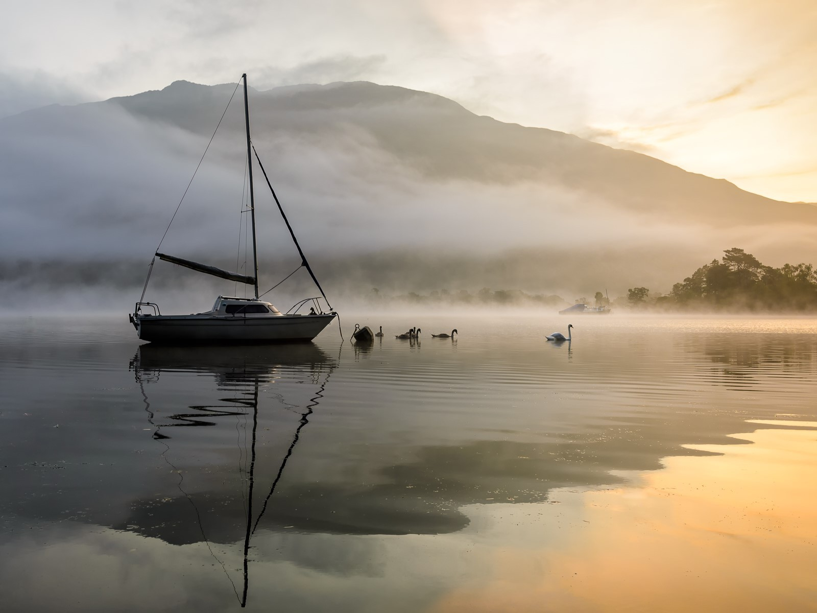 Misty Morning - Ullswater