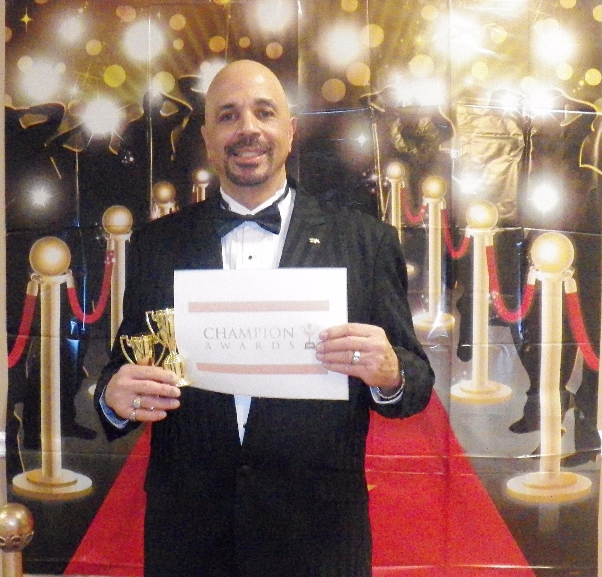 Apos RB - Recev. Award - 2017 - Master