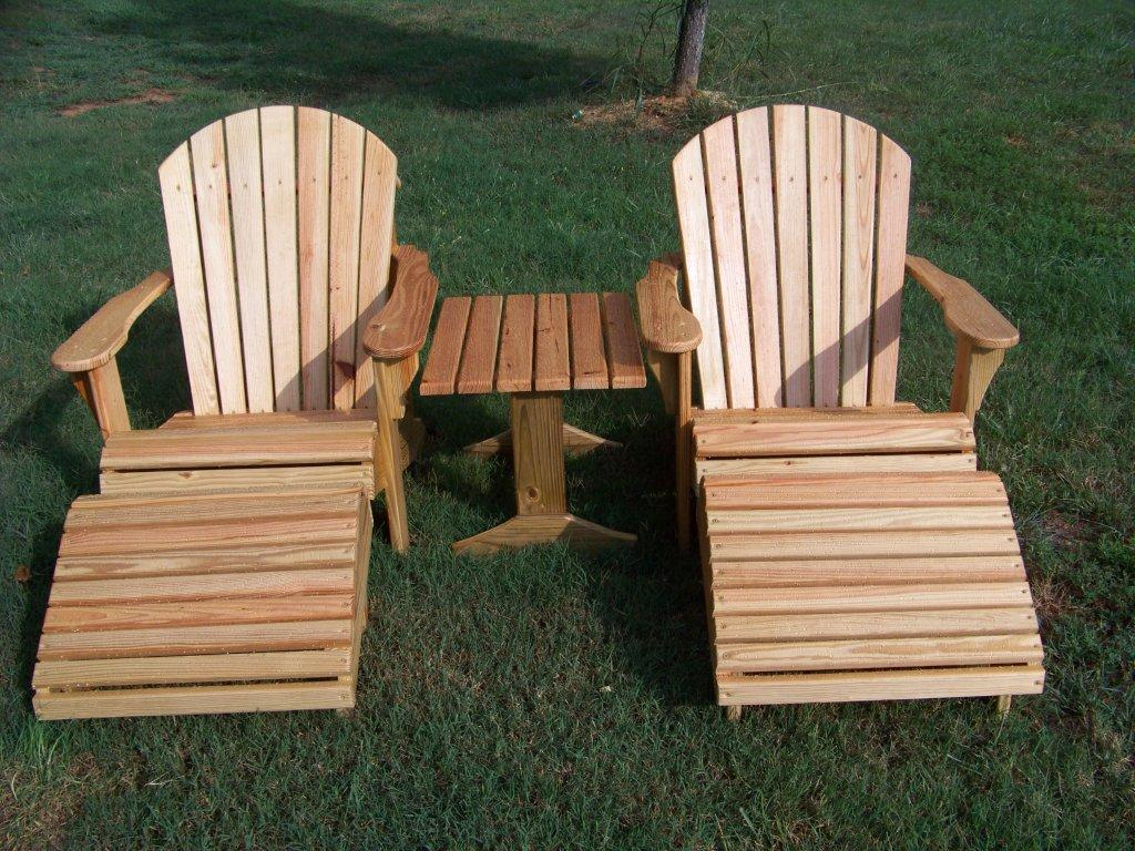 THIS IS A MORE OPEN STYLE ADIRONDACK 4FT BENCH IT FITS IN VERY NICELY WITH  MY CHAIRS.