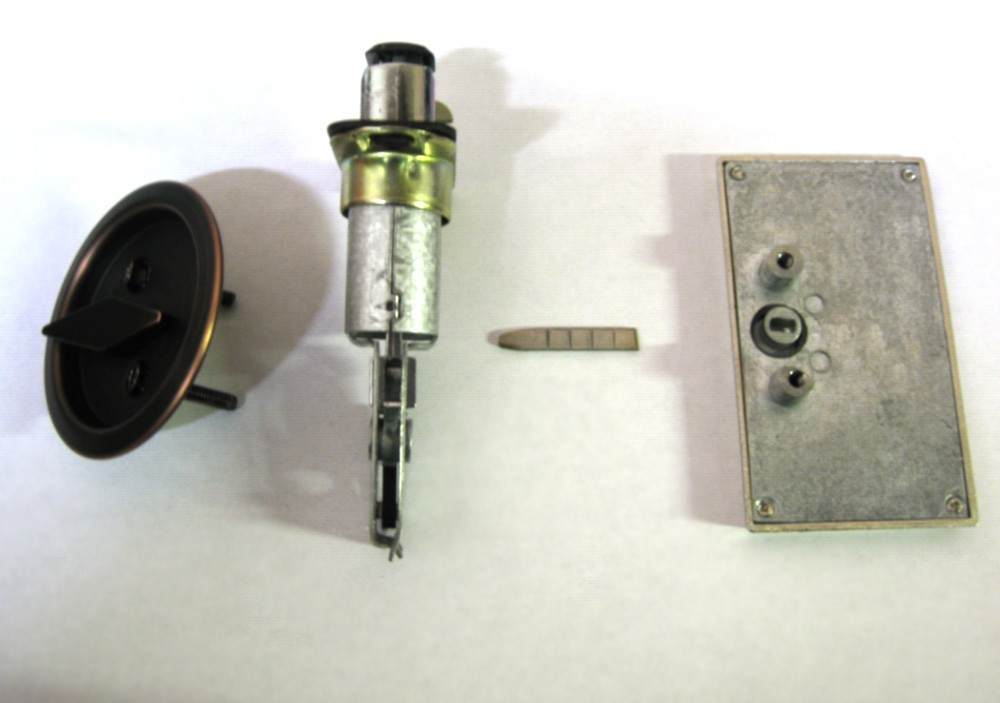 pocket door indicator lock assembly