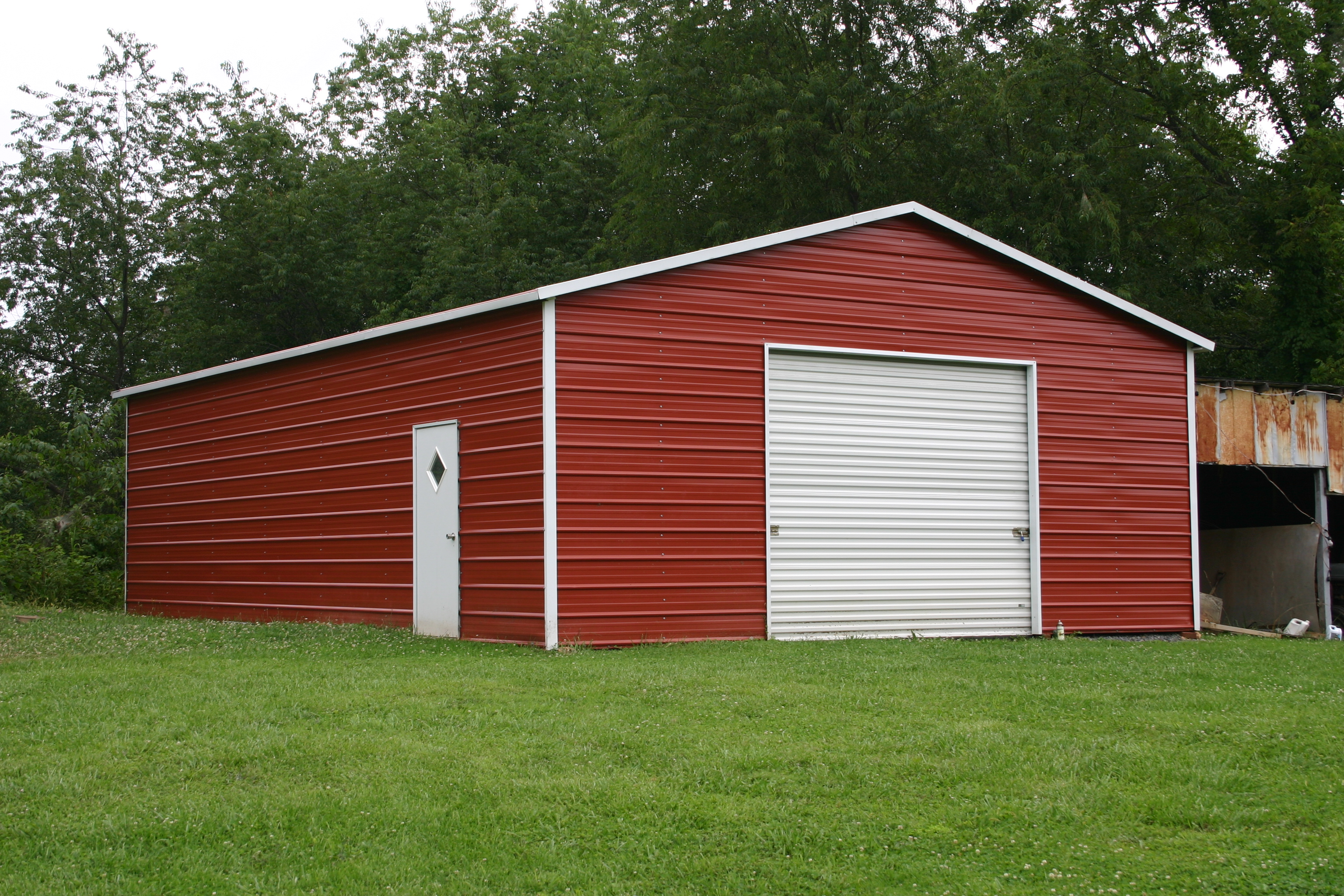 Boxed-eave-garage-1.jpg