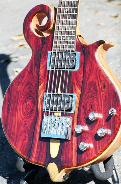 "30"" scale semihollow baritone guitar scroll"