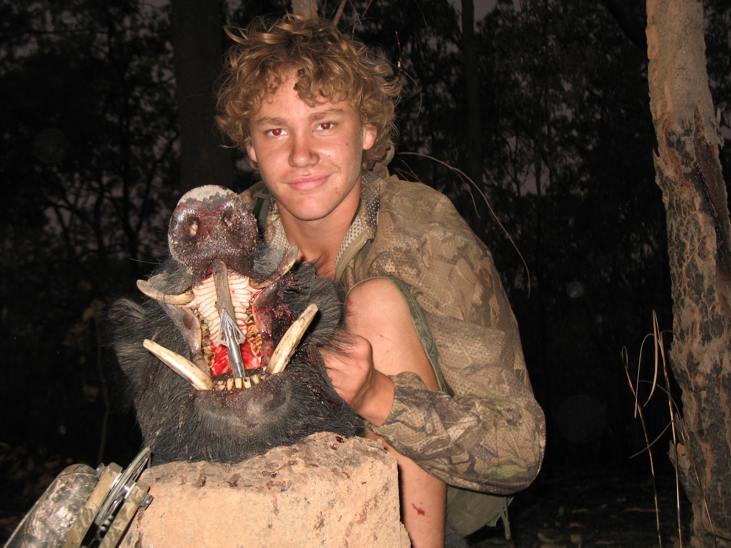 Bowhunting Hogs Australia