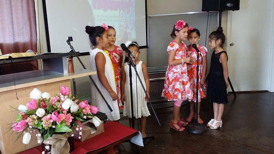 7_20_2014_KIDS_SINGING.jpg