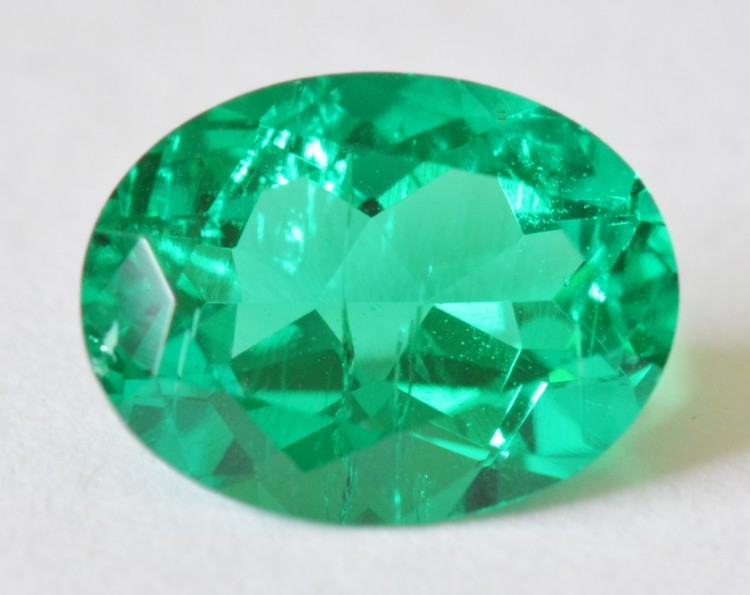 The Magnetic Metals that Color Gemstones