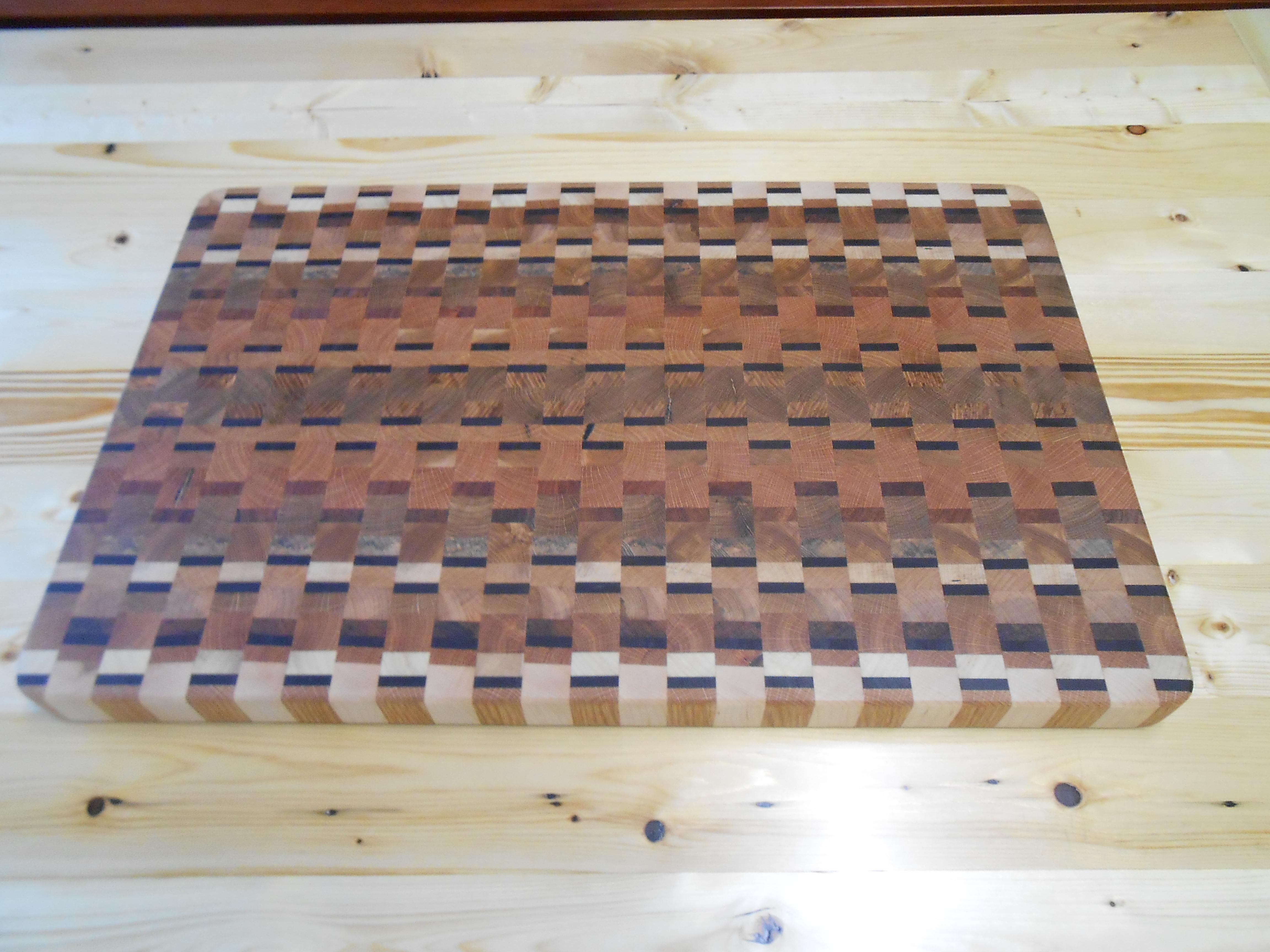 Weave Pattern End Grain Cutting Board