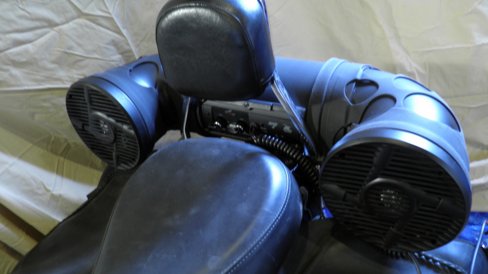 Subwoofer on motorcycle