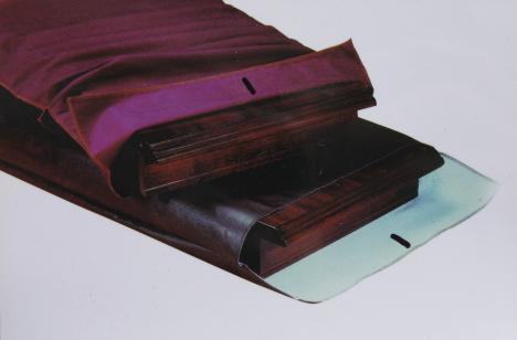 Custom Made And Standard Size Padded Table Leaf Bags