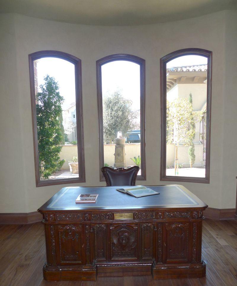 Phenomenal Renaissance Furniture Restoration Resolute Desk San Download Free Architecture Designs Itiscsunscenecom