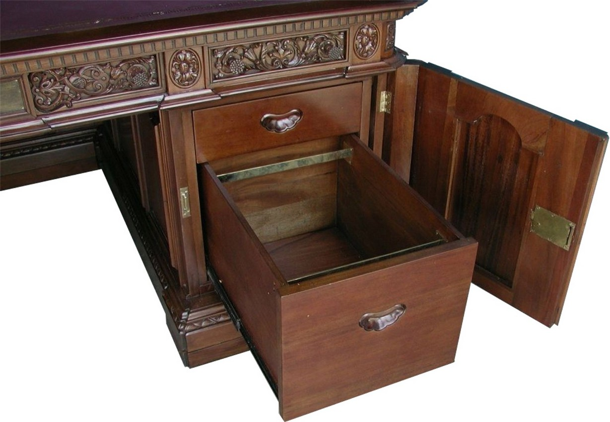 Renaissance Furniture Restoration Resolute Desk San Francisco 415 587 3416