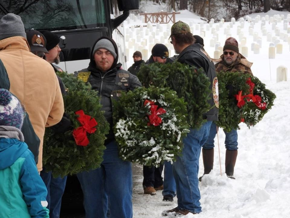 2016 Wreaths 2