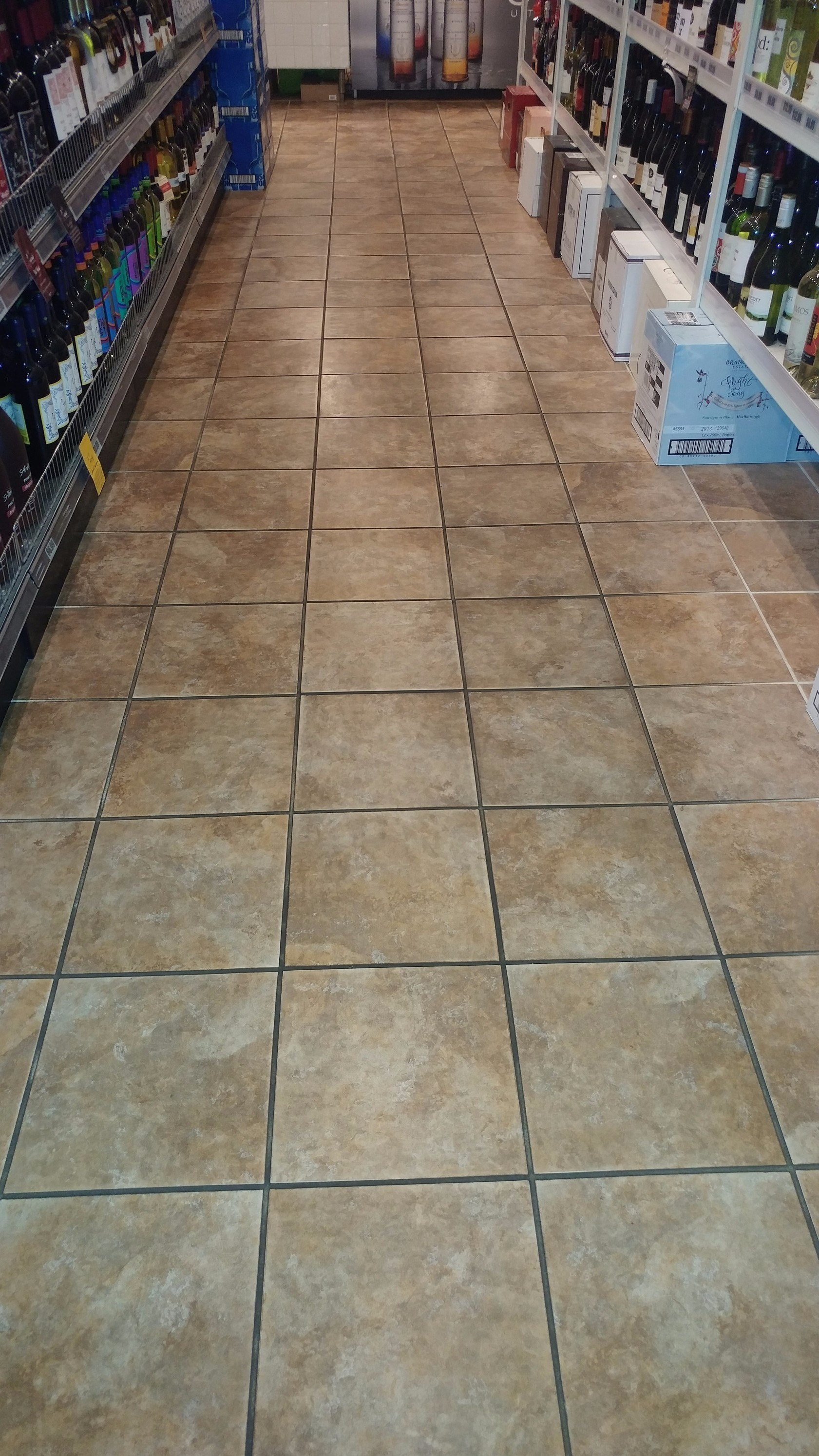 Tile grout cleaning services ceramic tile cleanng sealing dailygadgetfo Gallery