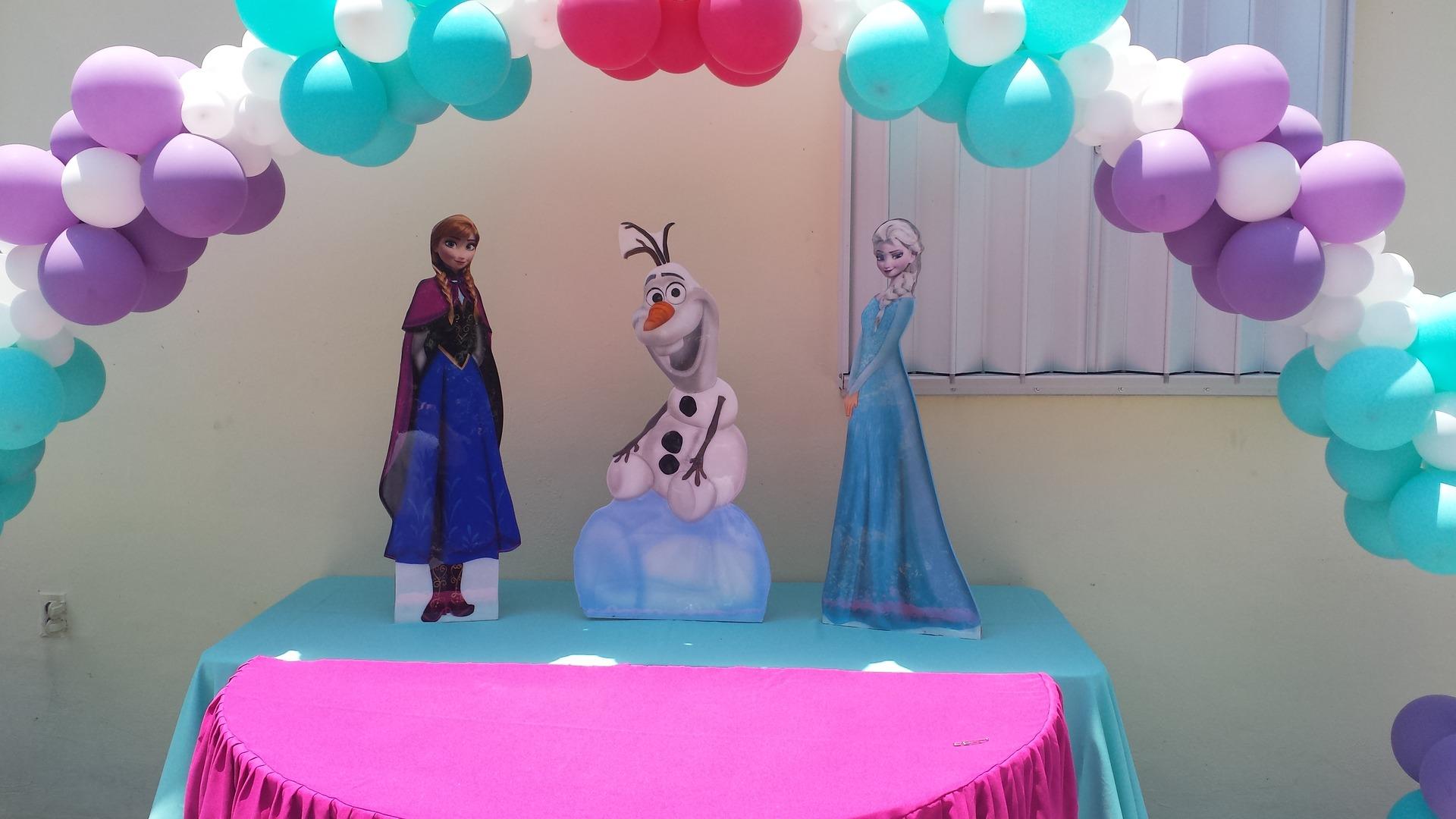 Frozen Balloons Decorations