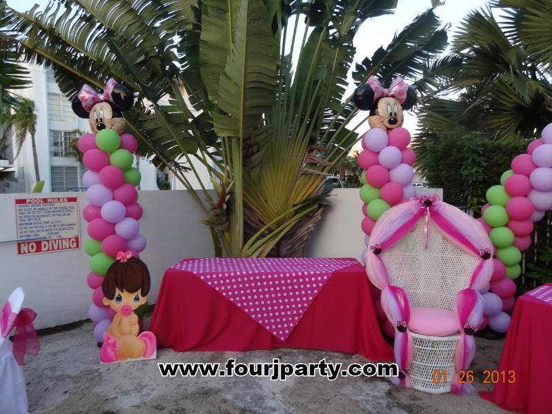Baby Shower Minnie Balloon Columns