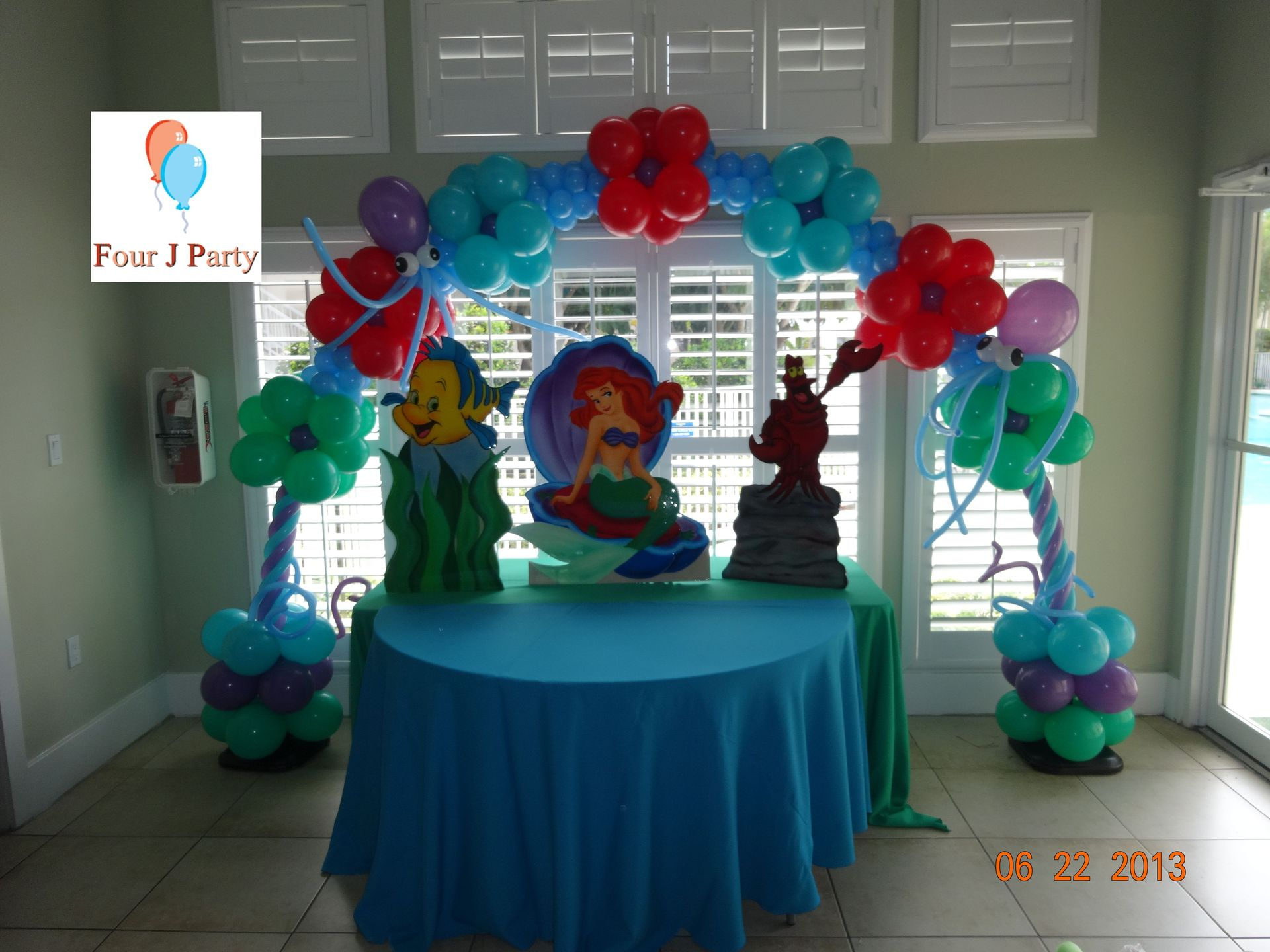 Club House Ariel