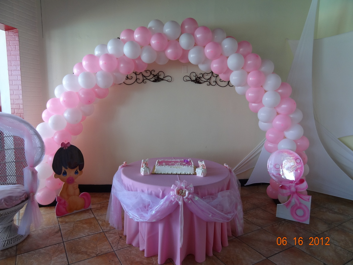 Baby Shower pink and white