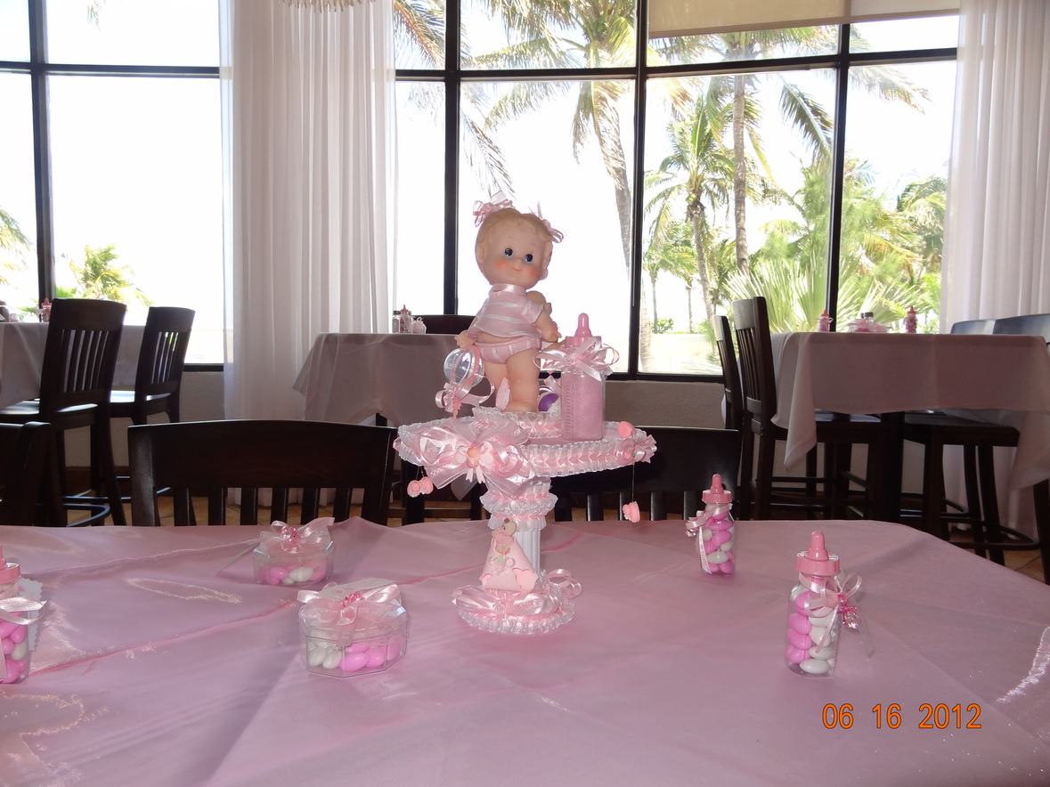 Baby Shower white and pink with Center Pieces