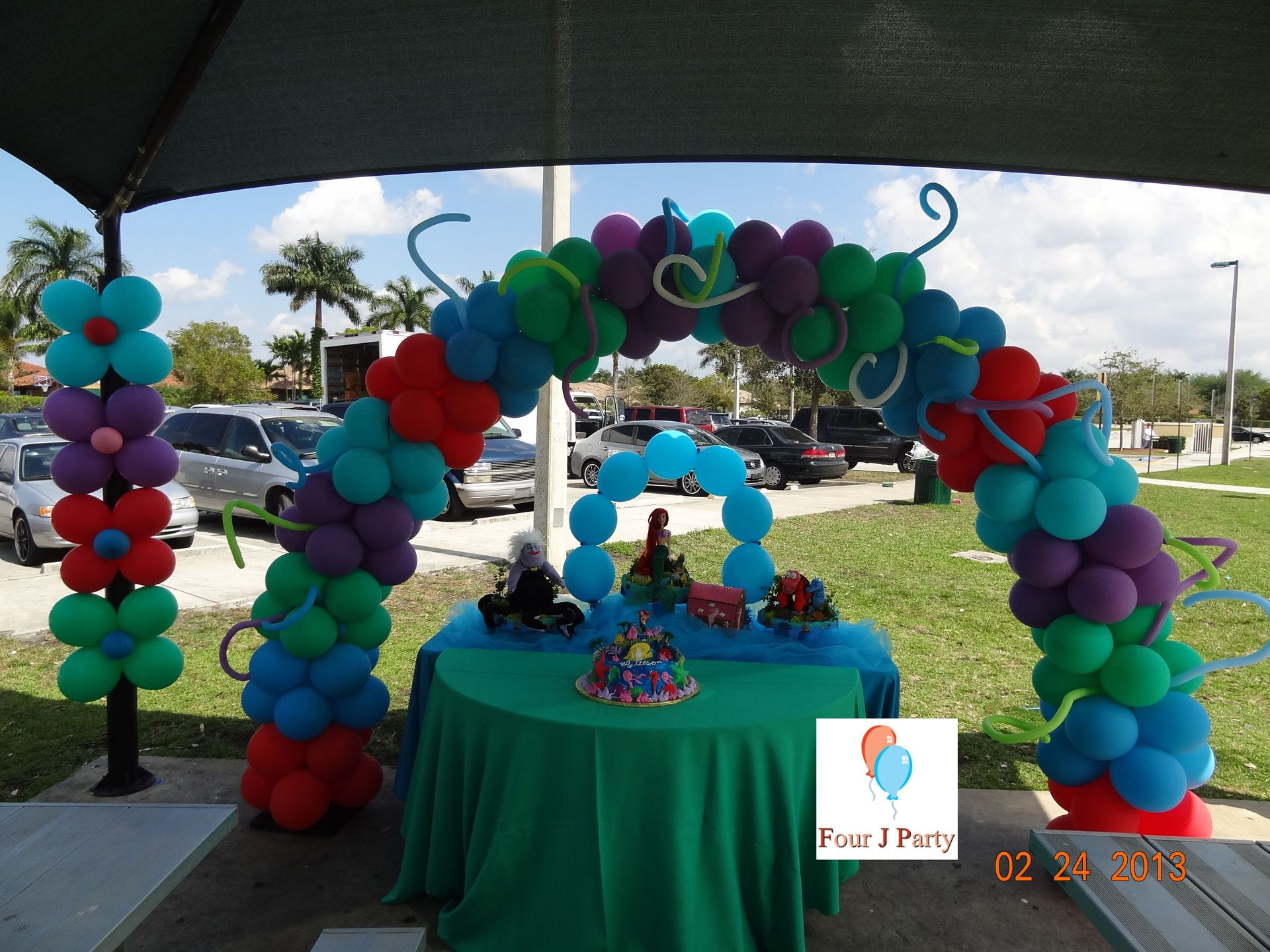 Ariel Balloons Arc