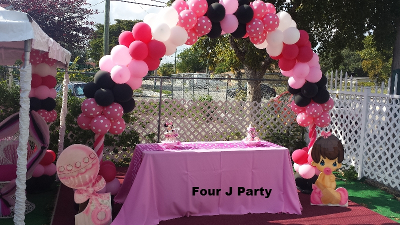 Baby Shower arch balloons