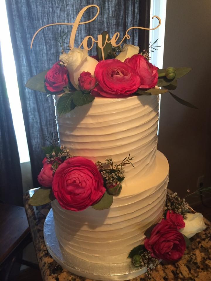 Red Horse Barn wedding cake