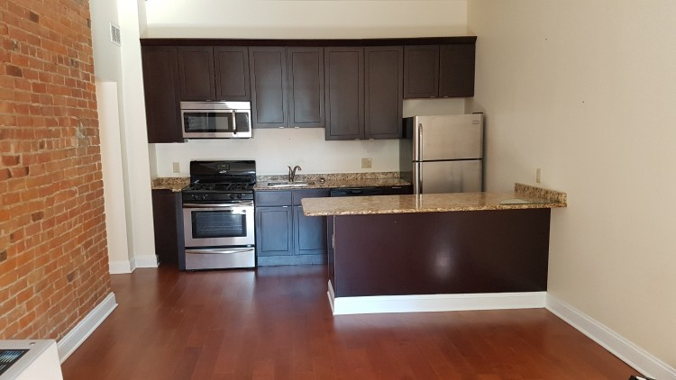 TYPICAL KITCHEN FINISHES, GRANITE COUNTERTOPS STAINLESS STEEL APPLIANCES