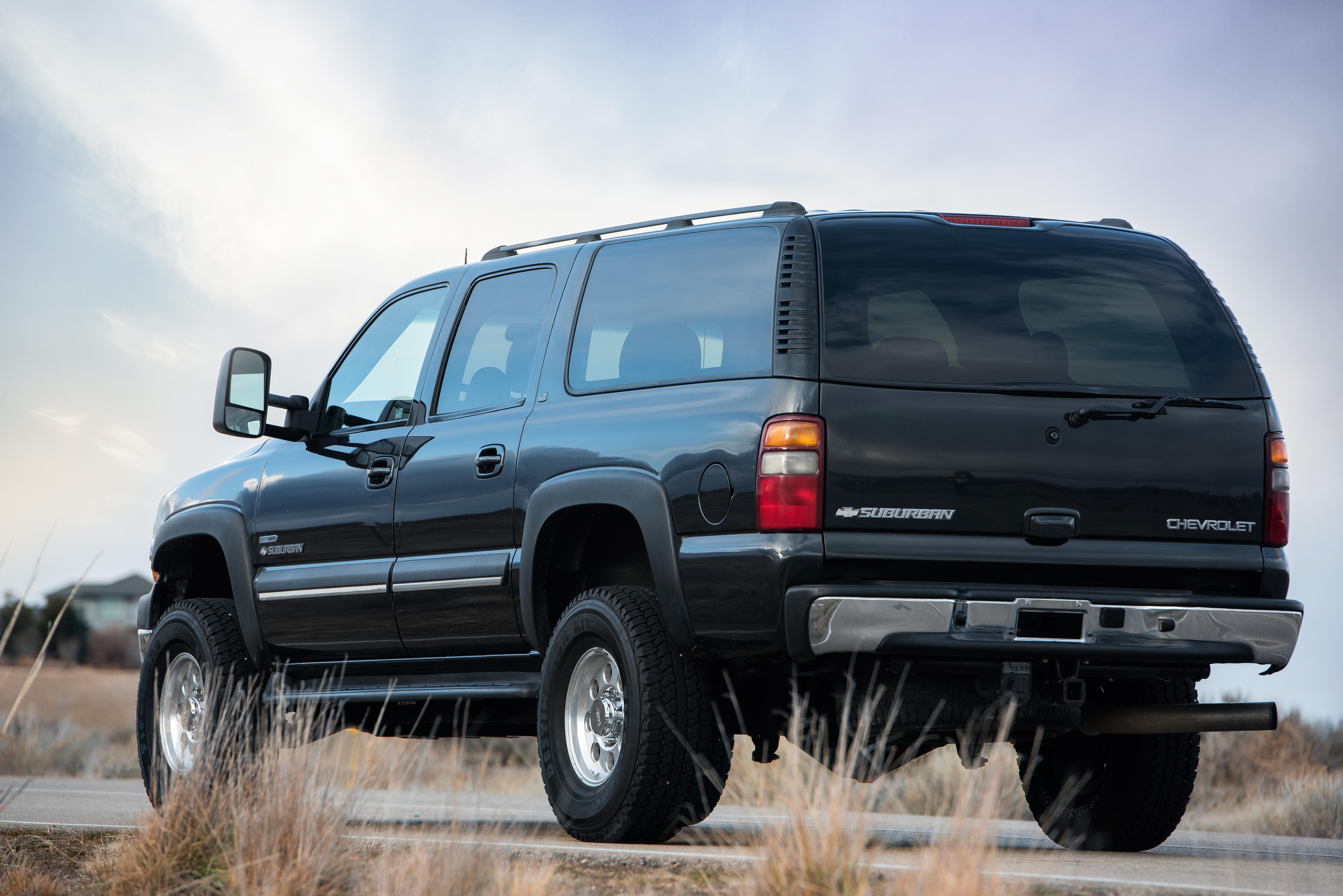 0484 _ 03 Chevy Suburban 2500HD - DRMX _ p60-5