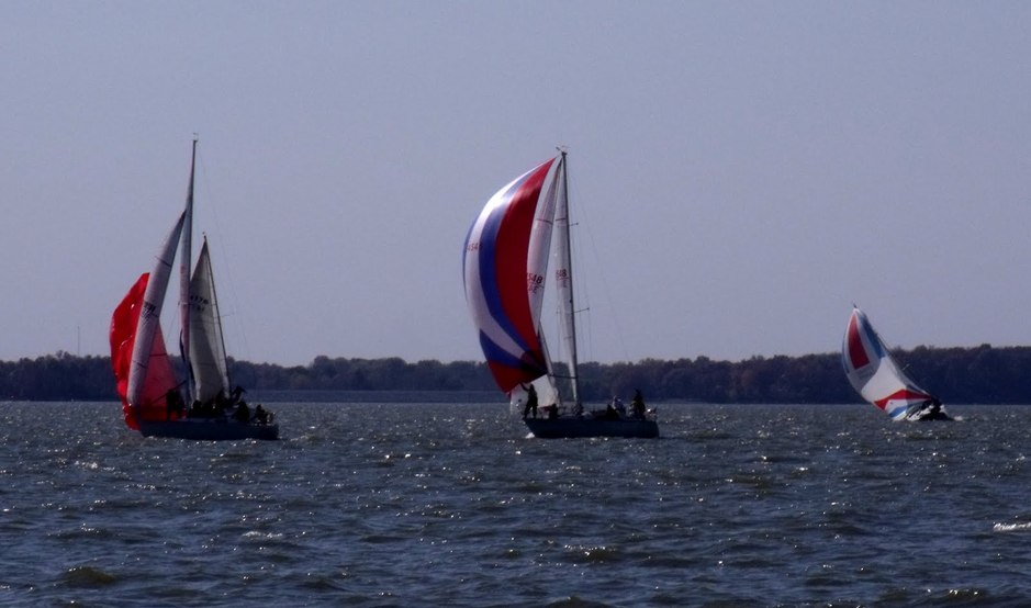 sail_boats.jpg