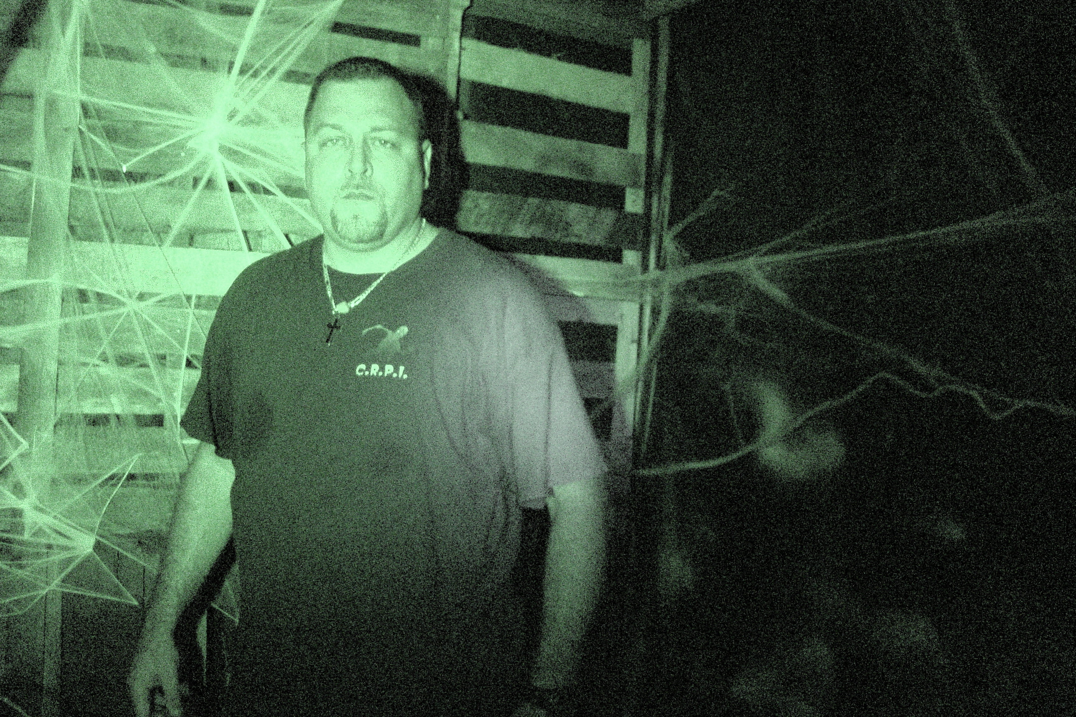 Dave_at_haunted_barn.jpg