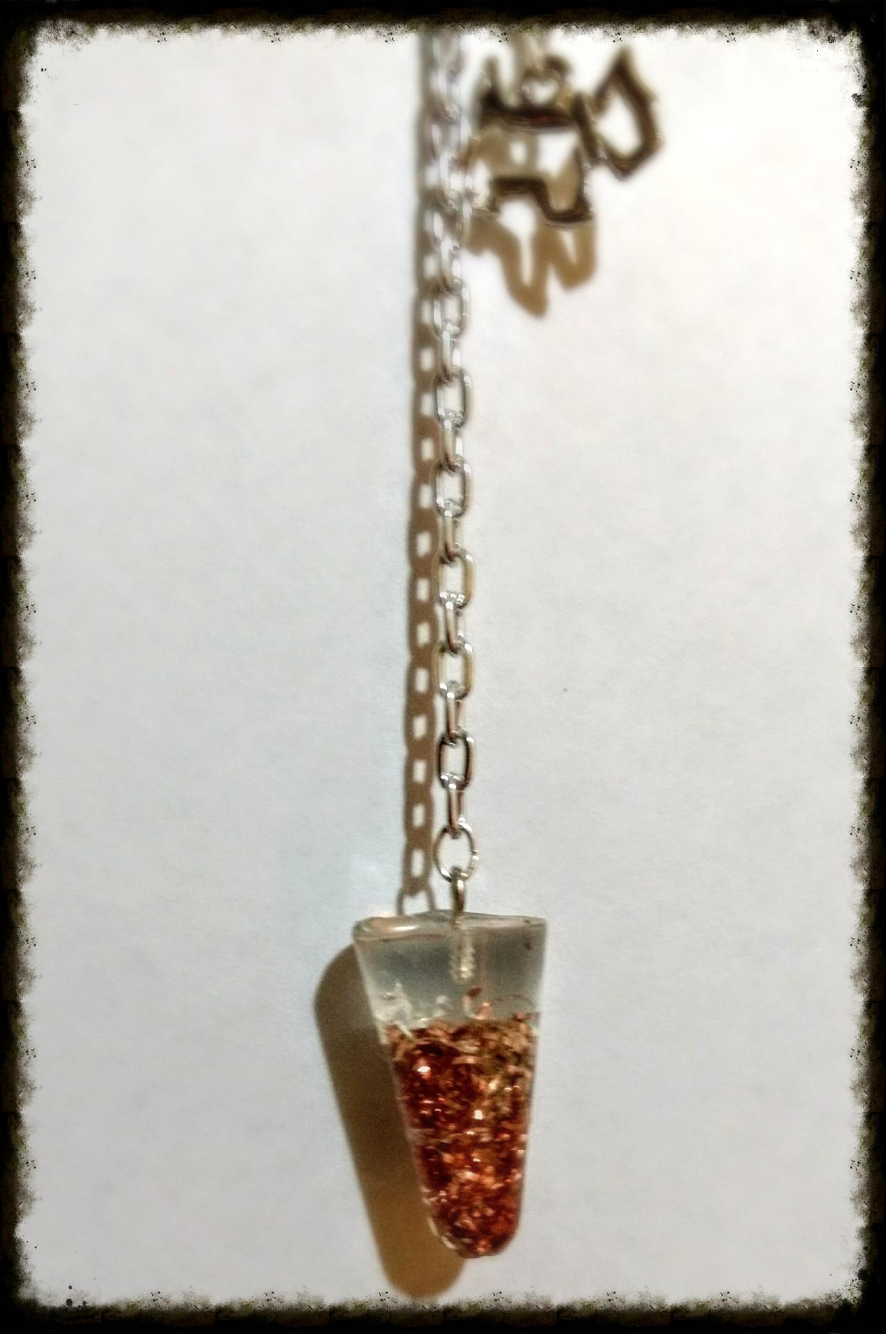 Pendulo Cuarzo transparente y Cobre