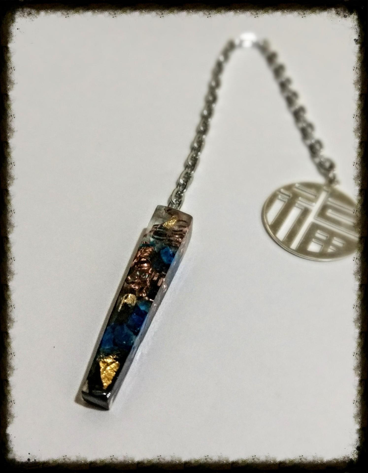 Pendulo Hematita, Lapizlazuli, Cobre y Hojas de Oro