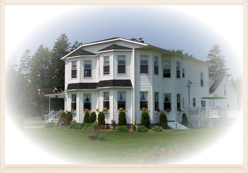 The Parrsboro Mansion Inn, B&B in Nova Scotia