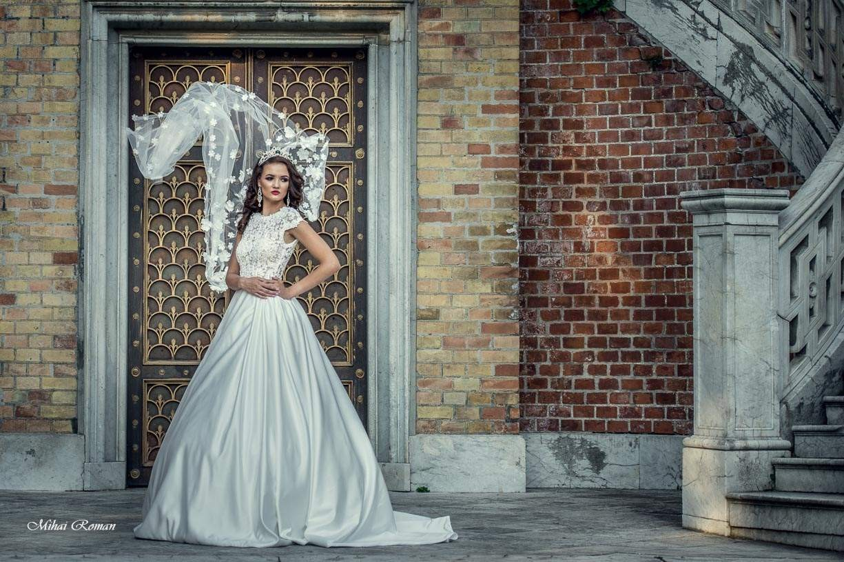 wedding dress photo session anne bridal